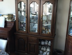 【イギリス家具】カップボード 食器棚 アンティーク品 リサイクル 出張買取 東京都